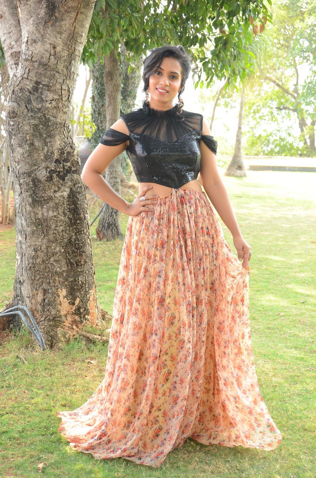 chetana uttej Brand New Photo Stills Of South Actress Chetana Uttej | Tollywood Chetana Uttej 2