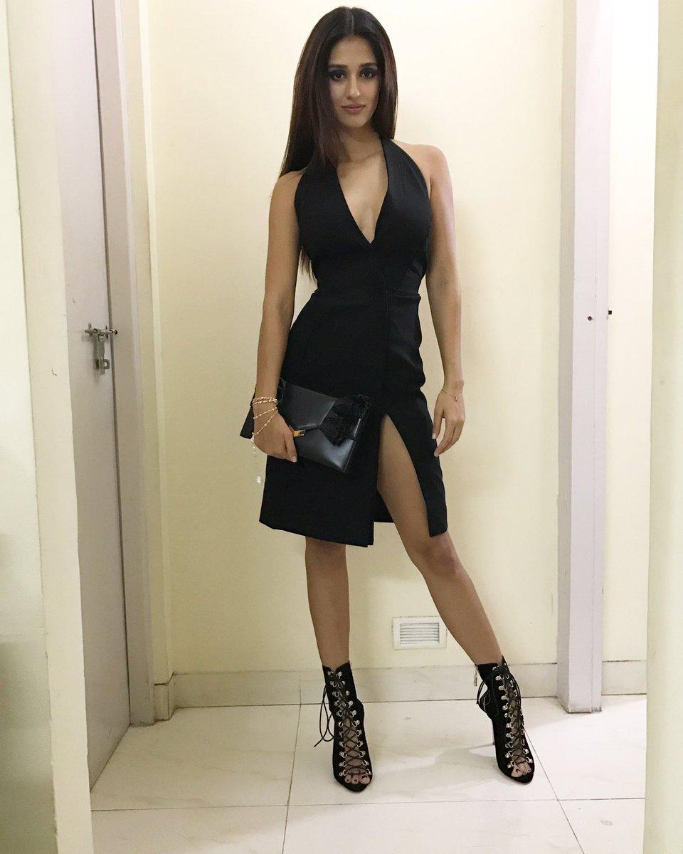 Disha Patani Super HOT Actress Disha Patani Sizzles In Sexy Outfit | Brand New HD Pics Disha Patani Super Hot Photo Stills 18